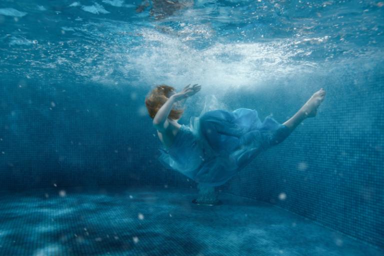 Abstract art - Aqua Elegance