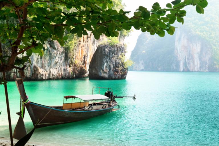 Nature art - Thai Boat Trip