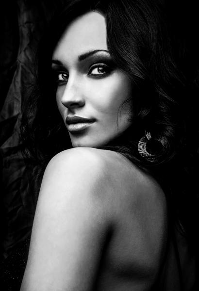 Artistic Beauty - Lady Italy
